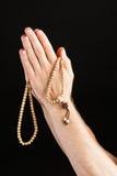 Ręki modlenie z łańcuchem Obraz Royalty Free