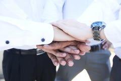 Ręki na ręce zdjęcie royalty free