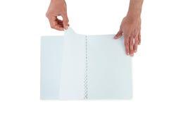 Ręki obraca strony puste miejsce książka Obrazy Stock