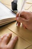 ręki pióra dutka używać writing Obraz Royalty Free