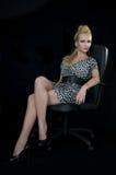 ręki piękna czerń krzesła zimno Fotografia Stock