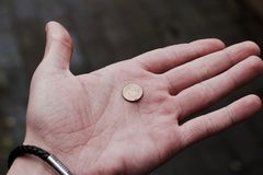 ręki pieniądze połysk Fotografia Royalty Free