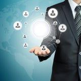 Ręki przewożenia biznesmenów ikony sieć z pustym okręgiem w środku Obraz Stock