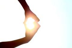 Ręki robią kierowemu kształtowi Zdjęcia Royalty Free