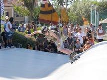 ręki Surfkate festiwal 2016 - chłopiec konkurs Obrazy Royalty Free