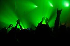 Ręki w zieleń dymu Obraz Stock