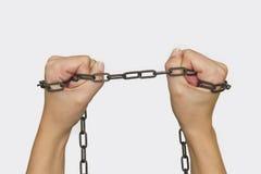 Ręki z łańcuchami obraz stock