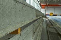 Rękodzielnicze betonowe płyty zbrojona betonowa produkcja Zdjęcia Royalty Free