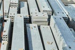 Rękodzielnicze betonowe płyty zbrojona betonowa produkcja Obrazy Royalty Free