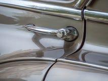 Rękojeść rocznika samochód fotografia stock