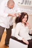 rżnięci fryzjera profesjonalisty nożyce obraz royalty free