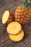 rżnięty ananasowy dojrzały obraz royalty free