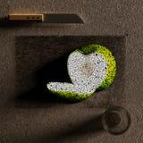 Rżnięty jabłko - zieleń Obrazy Royalty Free