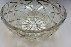 Rżnięty Ołowianego kryształu pucharu naczynia winiety rocznik fotografia royalty free