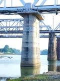 R桥梁码头  C C 键入支持的捆大梁 库存图片