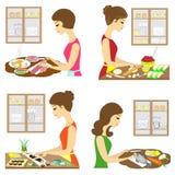 r Η κυρία μαγειρεύει τα τρόφιμα Το κορίτσι κόβει τα ψάρια, κατασκευάζοντας τα σούσια, ρόλοι, που κατασκευάζουν τις πίτες, τέμνοντ ελεύθερη απεικόνιση δικαιώματος
