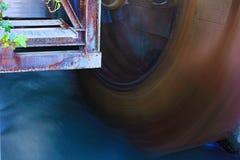 r λεπτομέρεια ενός παλαιού υδρομύλου φύση και καλλιέργεια ενός προηγούμενου χρόνου φωτογραφία του φτυαριού που ενεργοποίησε mills στοκ φωτογραφία με δικαίωμα ελεύθερης χρήσης