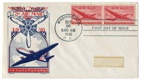r ? , Οι ΗΠΑ - 25 Σεπτεμβρίου 1946: Αμερικανικός ιστορικός φάκελος: κάλυψη με το ταχυδρομείο αέρα cachet, φορτίο και αεροσκάφη επ στοκ φωτογραφία
