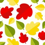 r Το άνευ ραφής υπόβαθρο με το φθινόπωρο βγάζει φύλλα   ελεύθερη απεικόνιση δικαιώματος