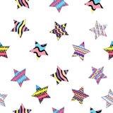 r Όμορφο άνευ ραφής σχέδιο με τα πολύχρωμα ριγωτά αστέρια στο διαφανές υπόβαθρο ελεύθερη απεικόνιση δικαιώματος