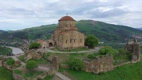 r Шедевр предыдущего христианского правоверного монастыря Jvari архитектуры акции видеоматериалы