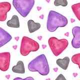 r 与在白色backgro隔绝的手拉的五颜六色的心脏的水彩无缝的样式 向量例证