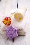 Ręcznik i tulipan Fotografia Royalty Free