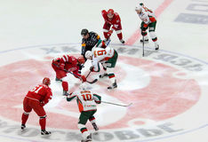 R. Horak (15) and A. Popov (9) on face-off Stock Image