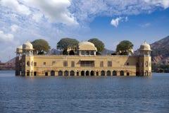 r Jaipur Παλάτι Jal Mahal νερού στοκ εικόνα