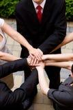 ręk chwyta ludzie wpólnie Zdjęcie Stock