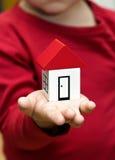 ręka blokowy dom obraz stock
