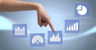 Ręka dotyka biznesowej mapy statystyki ikony Zdjęcia Royalty Free