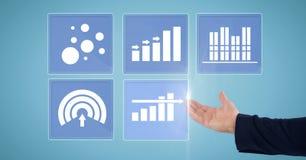 Ręka dotyka biznesowej mapy statystyki ikony Zdjęcia Stock