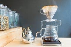 Ręka kapinosa kawa Obrazy Royalty Free