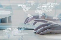 Ręka pracuje na komputerze z technologii warstwy skutkiem Obraz Stock