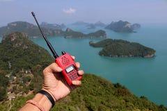 Ręka ratunek z radiocommunications na halnym oceanie a Fotografia Royalty Free