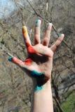 Ręka w barwionych punktach Obraz Stock