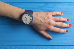 Ręka z wristwatch Fotografia Stock
