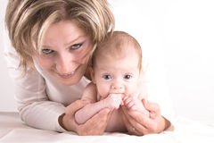 ręki dziecko jej matka Fotografia Royalty Free