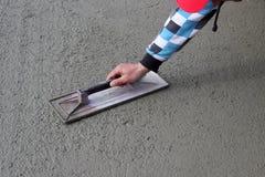 ręki kamieniarzów kielnia Fotografia Stock