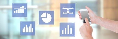 Ręki macania telefonu i biznesowej mapy statystyki ikony Fotografia Stock