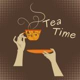 Ręki mienia herbata Zdjęcie Royalty Free
