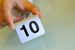 ręki mienia liczby etykietka Zdjęcie Royalty Free
