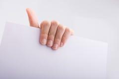 Ręki mienia papier Fotografia Stock