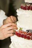 Ręki piekarz Fotografia Royalty Free