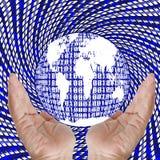 Ręki przedstawienia binarna ziemia. Zdjęcie Stock