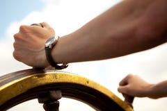 ręki rudder statek Obrazy Stock