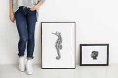Ręki seahorse rysunkowy obrazek w fotografii ramie Obrazy Royalty Free