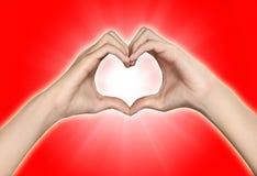 Ręki w postaci serca obrazy royalty free