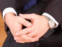Ręki z zegarem Fotografia Royalty Free
